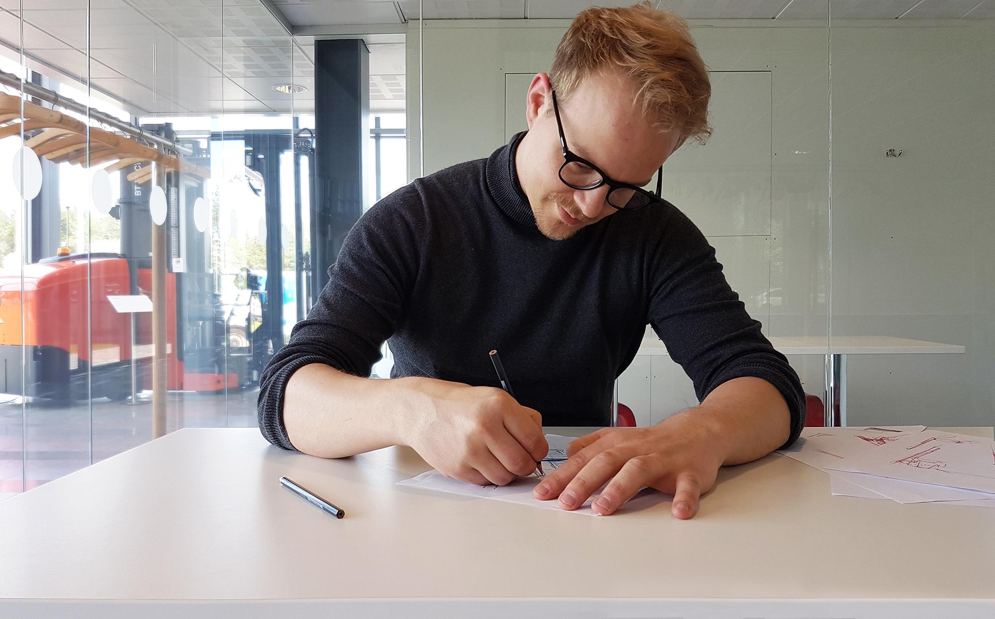 Viljami Räisänen studio image